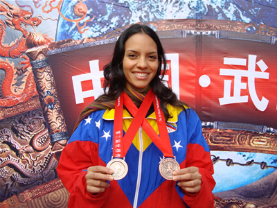 omnain-kutos-medallas